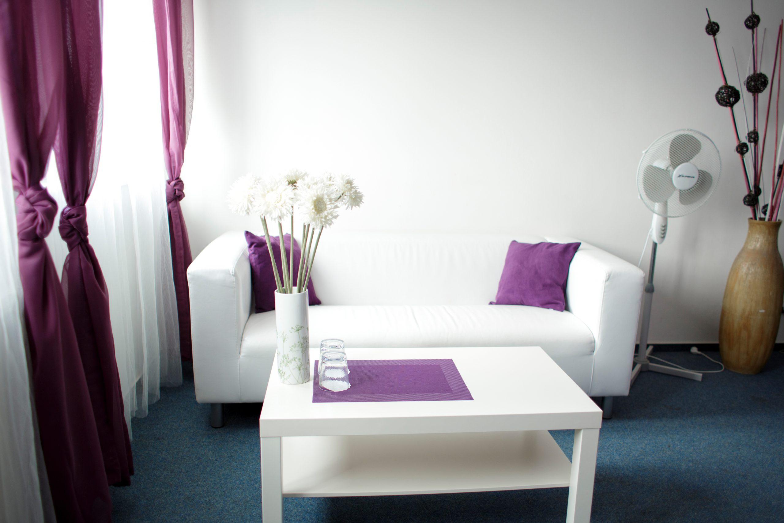 Interiér pokoje 8